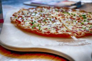 Elzasser pizza Flammekucke le chateaudemamere